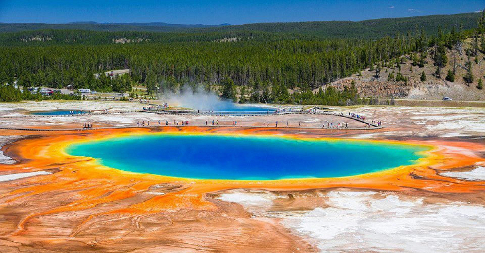 Grand Prismatic Spring 3 (resized)