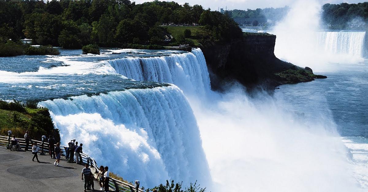 Niagara Falls, New York (resized)